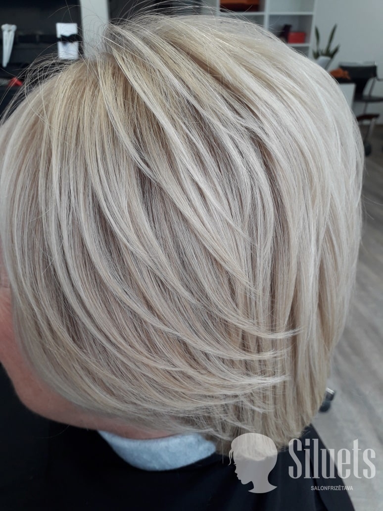 Покраска волос в Риге